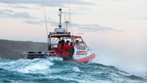 Fears for yachting couple in treacherous seas