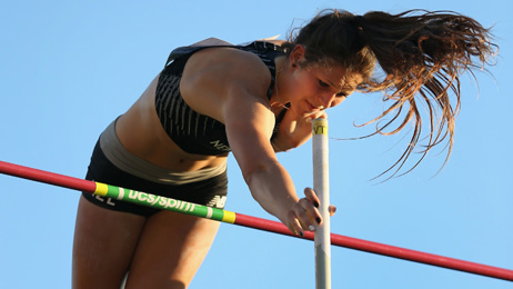 Athletics: Eliza McCartney clears personal best at Vertical Pursuit