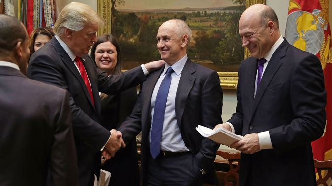 Chris Liddell and Donald Trump (Photo \ Getty Images)
