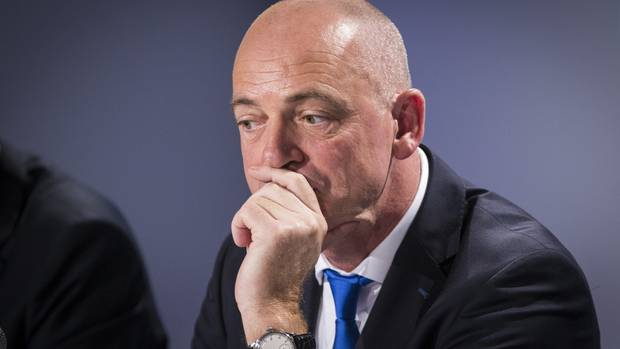 NZ dairy giant Fonterra posts loss on China writedown, CEO to go