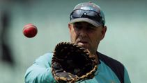 Darren Lehmann quits as Australia coach - reports