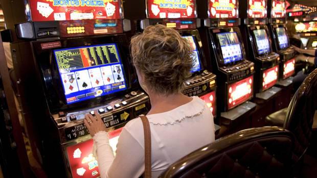 Gambling addiction pokies las vegas slot machines