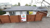 PM Jacinda Ardern's Point Chevalier home sold to 'nice Kiwi family'
