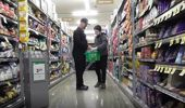 Customer shopping during the quiet hour. (Photo \ NZ Herald)