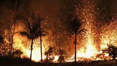 A new fissure erupts in Leilani Estates in Pahoa, Hawaii. (Picture: AP Source:AP)