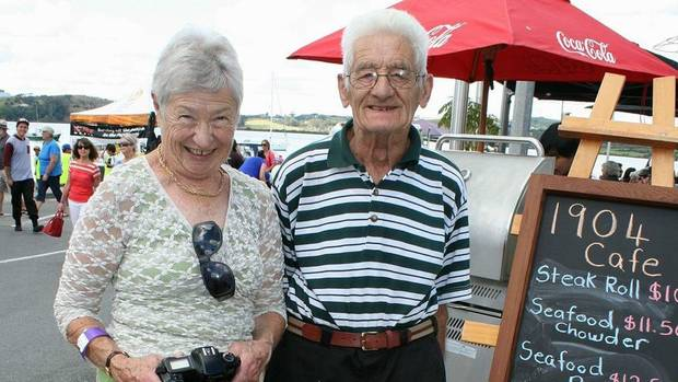 Ruth and Peter Bedford died within hours of each other on the same day. (Photo / Supplied)