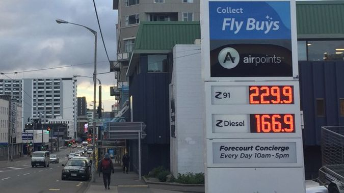 A photo of the petrol price at Z Energy in Taranaki shows the impact of the petrol price hike. Photo \ Katrina Bennet (NZME)