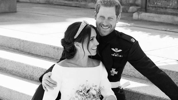 Official Photographs of the Royal Wedding Released