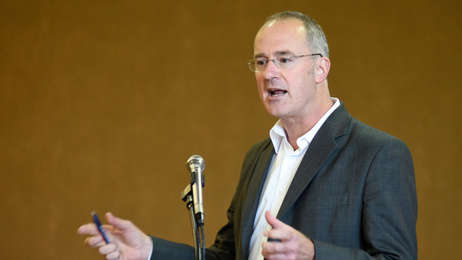 Twyford offers resignation after airplane phone call