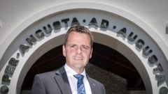 Tim O'Connor is the headmaster of Auckland Grammar, one of the country's biggest schools. (Photo / NZ Herald)
