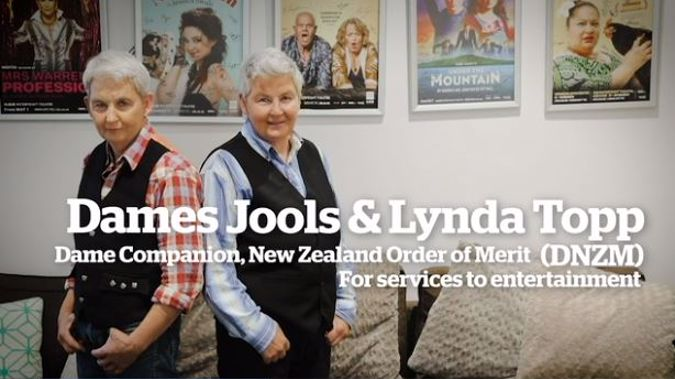 Jools and Lynda Topp have been recognised for services to entertainment. (Photo / NZH Focus)