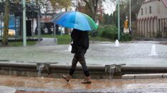 Abrupt weather change coming: Heavy rain, easterly gales
