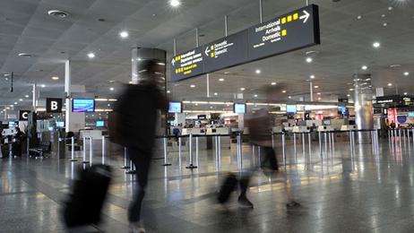 Gavin Grey: Migrants arrive in Spain, London airport to stop snoozing travellers