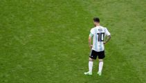 End of the road for Messi and Ronaldo - France, Uruguay advance