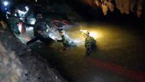Thai cave rescue: Navy SEAL dies from lack of oxygen