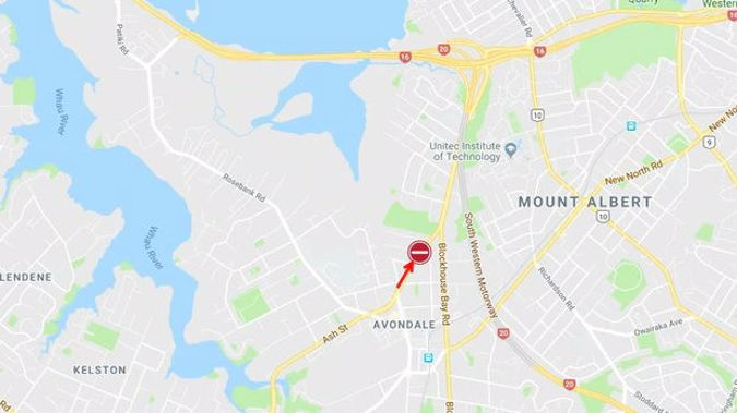 The location of the crash on Great North Road. Photo / Auckland Transport Twitter
