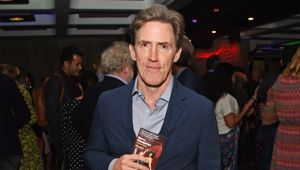 Rob Brydon. Photo \ Getty Images