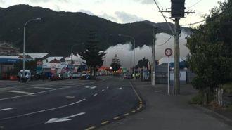 Businesses evacuated near massive fire in Wellington