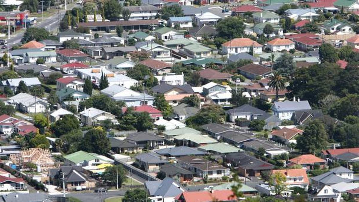 Young New Zealanders aren't investing in business ventures as they are saving for housing. (Photo / NZ Herald)