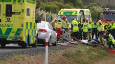 Two trapped, injured as serious crash closes major Auckland highway
