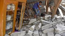 Strong quake hits Indonesia's Lombok island; at least 39 dead