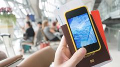 Australian passengers will be able to check in at airports using their phones. (Photo: Getty)