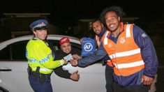 Warriors' players join police at drink driving checkpoints in Auckland