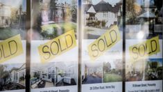 Auckland house price slide continues as rest of nation roars