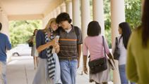 What age should teens start dating? 