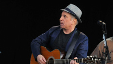 Music review: Paul Simon 'In the Blue Light'
