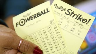 Record forty players claim first division Lotto prize