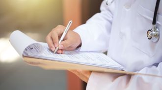 Student doctors performing examinations without patient consent - study