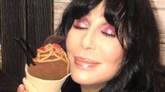 Cher surprised fans at Auckland ice cream store Giapo (Image / Supplied)