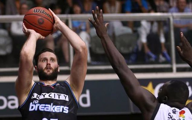 Alex Pledger used to play for the Breakers. (Photo / Photosport)