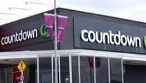 Supermarket rivals Foodstuffs and Woolworths battle over savings