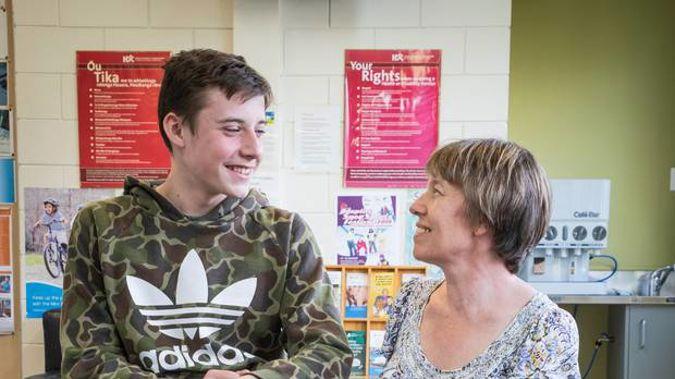 Harry Randell, 13, is getting a leg brace from the US. (Photo / Greg Bowker)