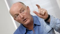 Oz Clarke on why New Zealand wine is still the best
