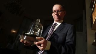Historic vote redefines the kilogram