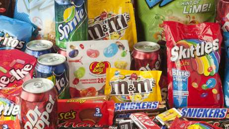 Louise Signal: Calls for regulations to combat junk food advertising