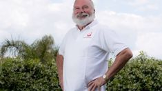 Neville Baker reinstated as Farmers' Parade Santa at last minute