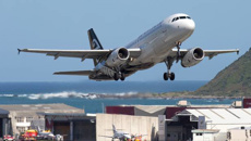 Air NZ engineers to strike just before Christmas, thousands of passengers affected