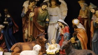 Kate Hawkesby: Is it worth taking your kid out of school to avoid nativity classes?