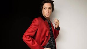 Rufus Wainwright is returning to NZ for his 20th Anniversary tour. Photo / Supplied