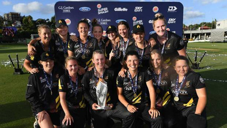 Kiwi cricket commentator paid more than women players