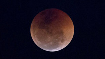 Most Kiwis to miss only lunar eclipse of the year