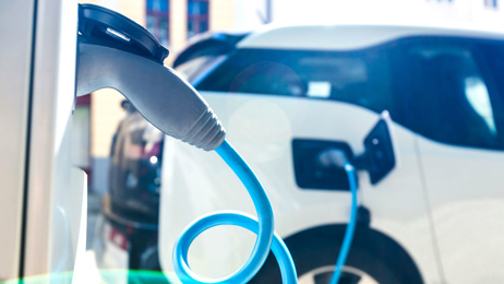 Andrew Dickens: There's a simple reason EVs aren't taking off