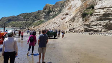 Two injured after slip in Cape Kidnappers