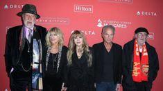 Fleetwood Mac's Lindsey Buckingham undergoes open heart surgery