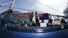 Australia to re-open Christmas Island after refugee bill passes