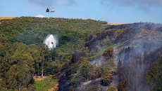 Helicopter involved in fighting fires crashes in Nelson